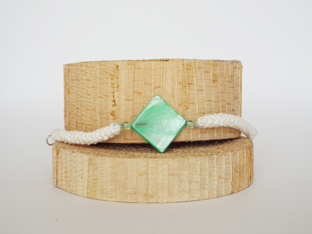 bracciale-uncinetto-madreperla2